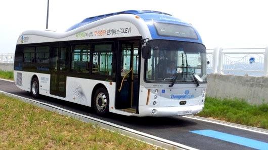 Электробус с беспроводной подзарядкой