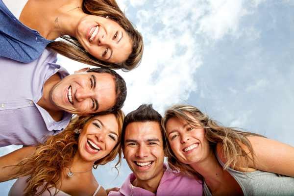 Смехотерапия (гелотология) - лечение смехом