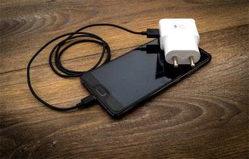 Если потеряли зарядку от телефона — не покупайте новую