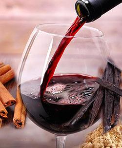 Красное вино - старый и простой рецепт любовного зелья