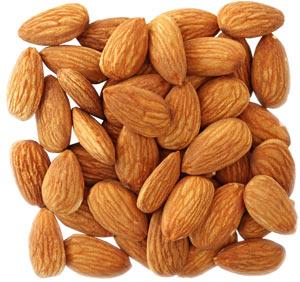 Миндаль - Простые продукты, которые успокоят нервы