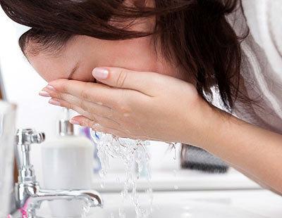 Умывание контрастной водой